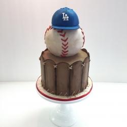 Fondant vintage baseball themed cake