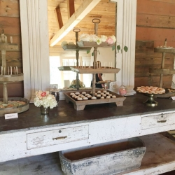 Dessert Bar at Triunfo Creek Vineyards